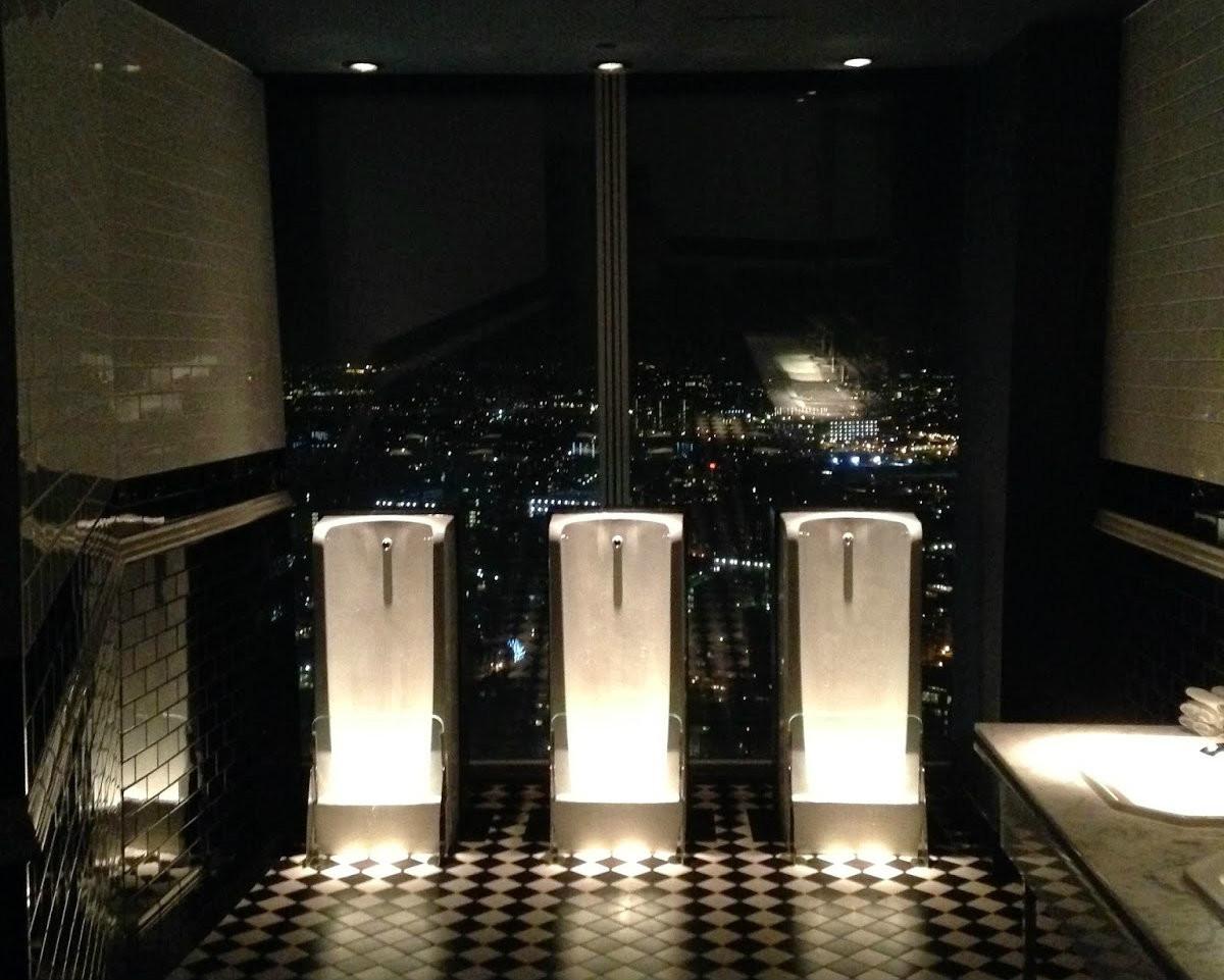 Туалеты в ресторанах фото