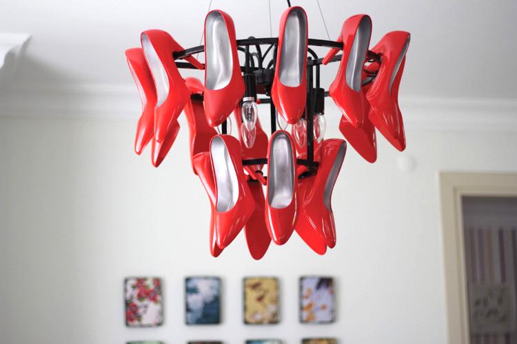 Вдохновение в  цветах:   Белый, Бордовый, Красный, Серый.  Вдохновение в  .