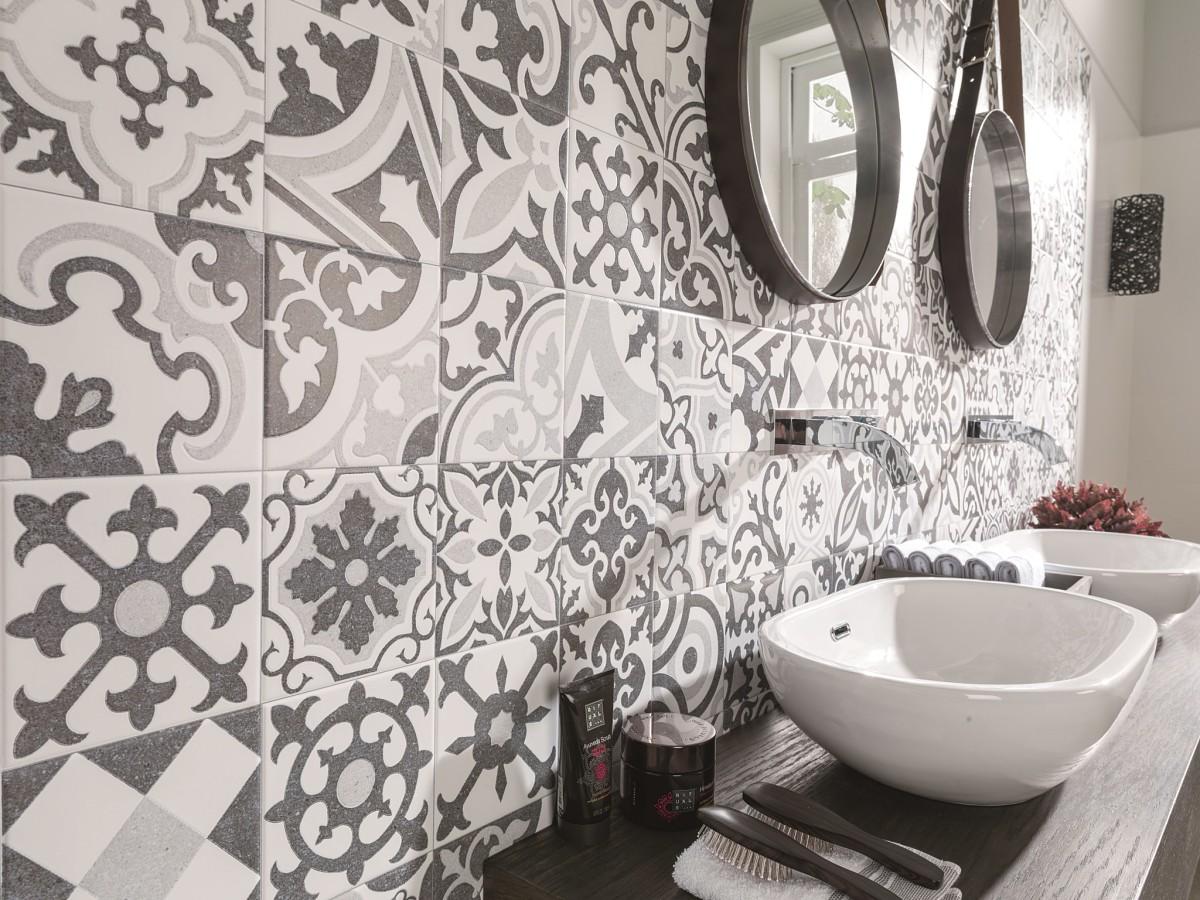 Самый модный декор керамической плитки: 5 стилей и 10 идей