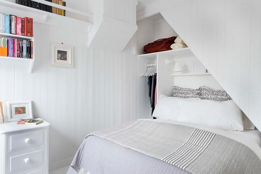 Спальня в  цветах:   Белый, Светло-серый, Серый, Темно-коричневый.  Спальня в  стиле:   Скандинавский.