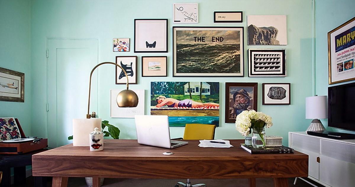 Как правильно украшать стены картинами: количество, размер, схемы