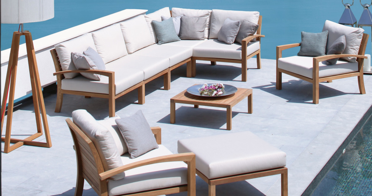 Последний шанс: покупаем мебель для улицы за полцены