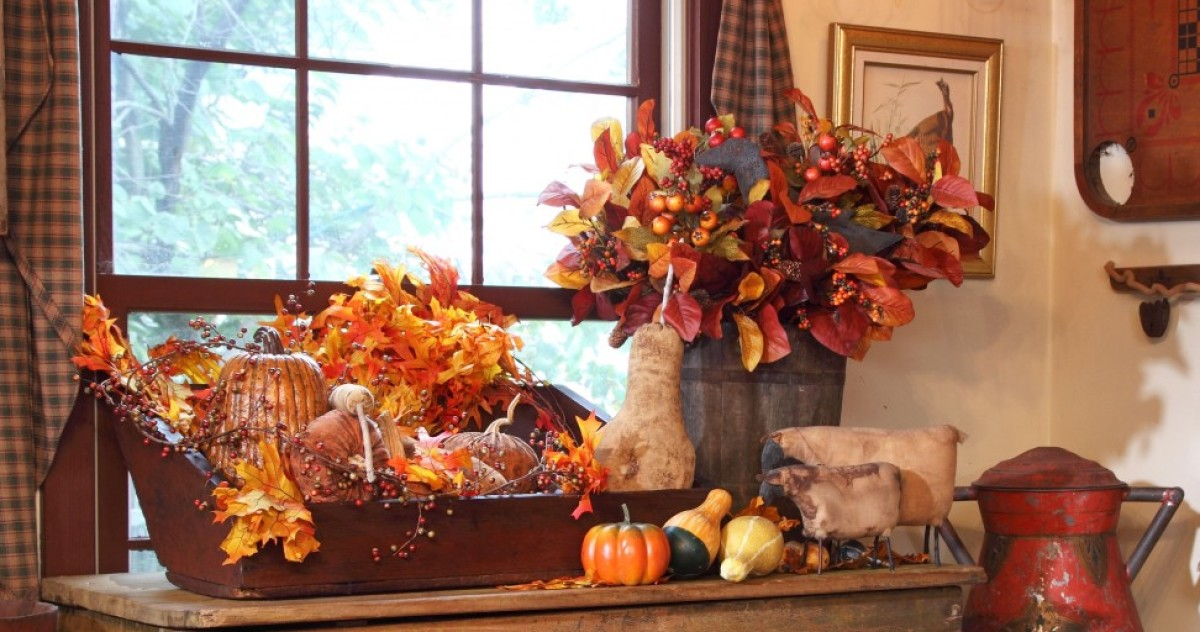 20 for Beautiful homes decorated for fall