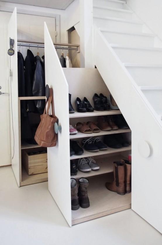 10 Creative Examples For Dividing Small Spaces: Куда всё сложить: 15 идей хранения для маленьких квартир