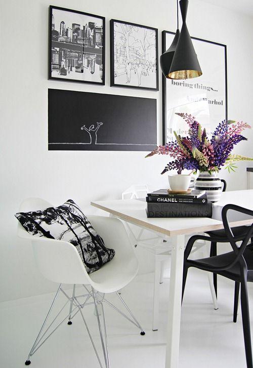 Кухня/столовая в  цветах:   Белый, Светло-серый, Серый, Фиолетовый.  Кухня/столовая в  стиле:   Скандинавский.