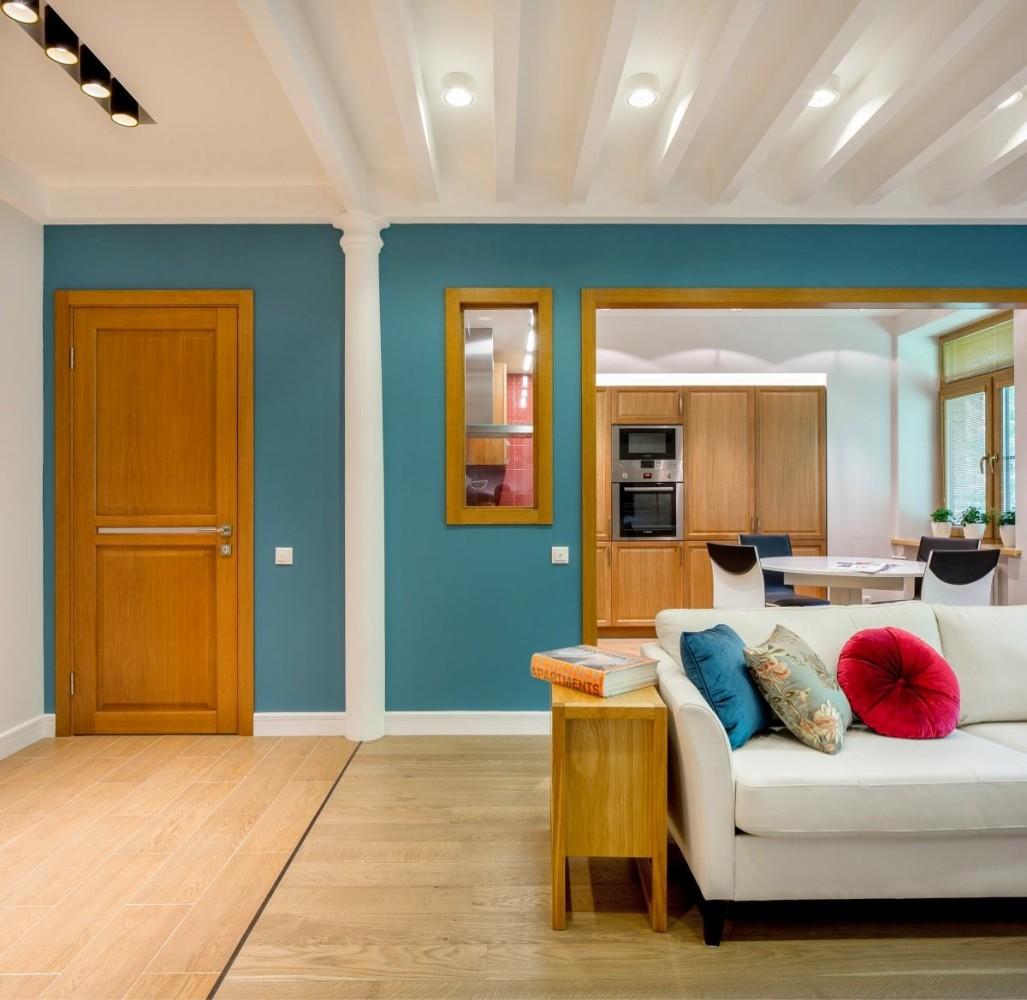 Гостиная, холл в цветах: серый, сине-зеленый, коричневый, бежевый. Гостиная, холл в стиле средиземноморский стиль.