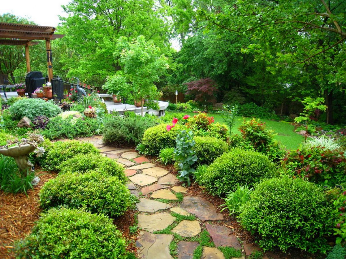 Ландшафт в цветах: темно-зеленый, салатовый. Ландшафт в стилях: классика, экологический стиль.