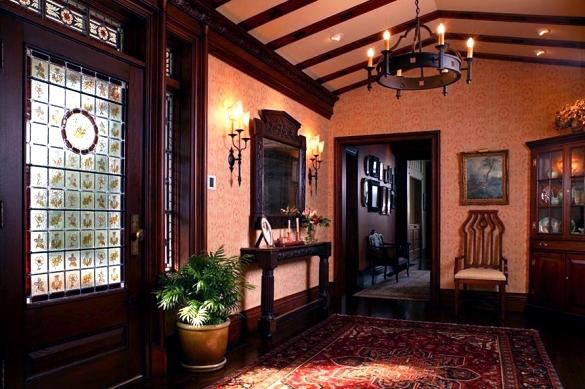 Архитектура в цветах: серый, бордовый, темно-коричневый, коричневый. Архитектура в стиле английские стили.