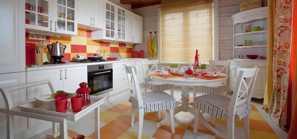 Интерьер недели: цветной дом в стиле прованс в Подмосковье