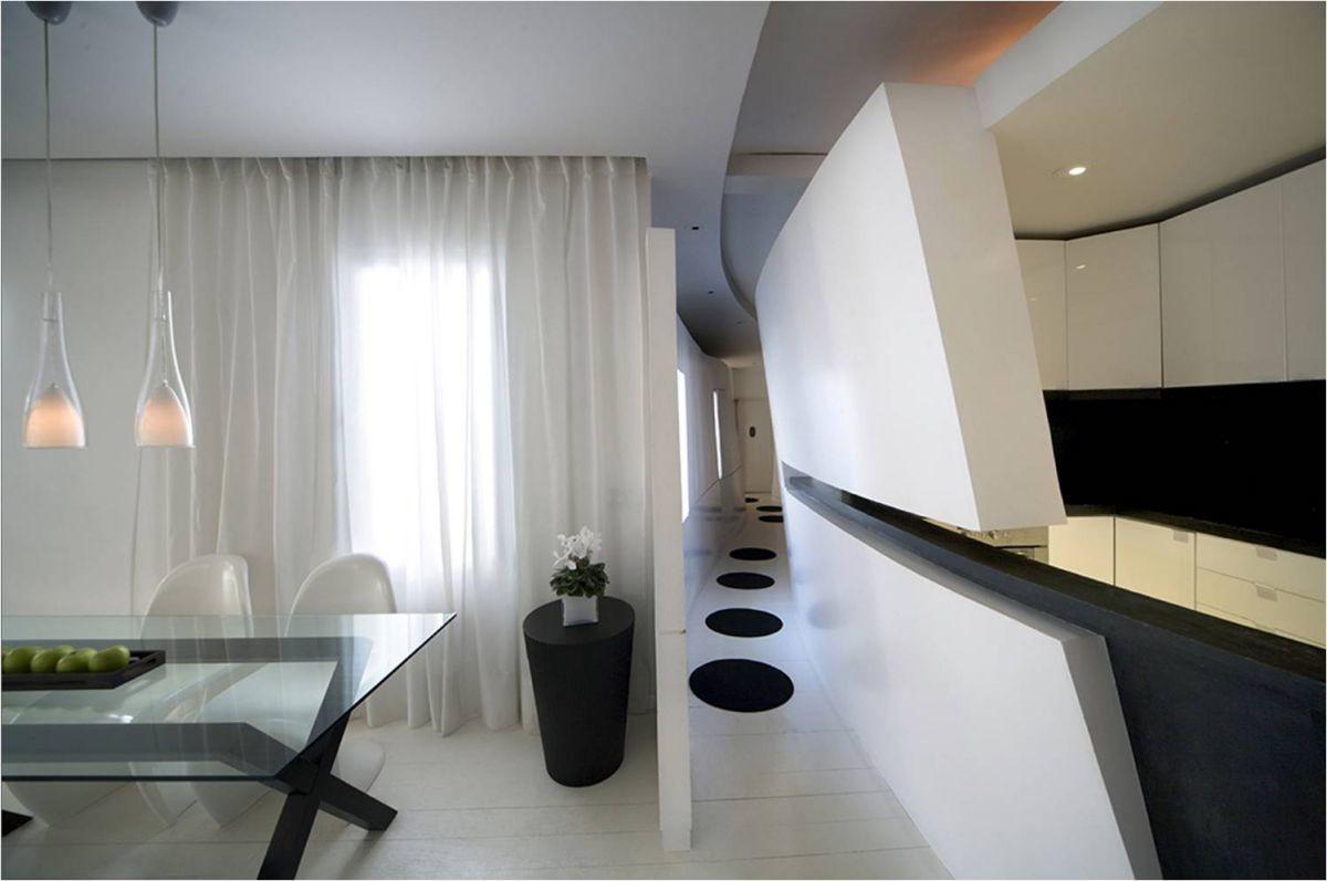 Кухня в цветах: черный, белый. Кухня в стилях: минимализм, хай-тек.
