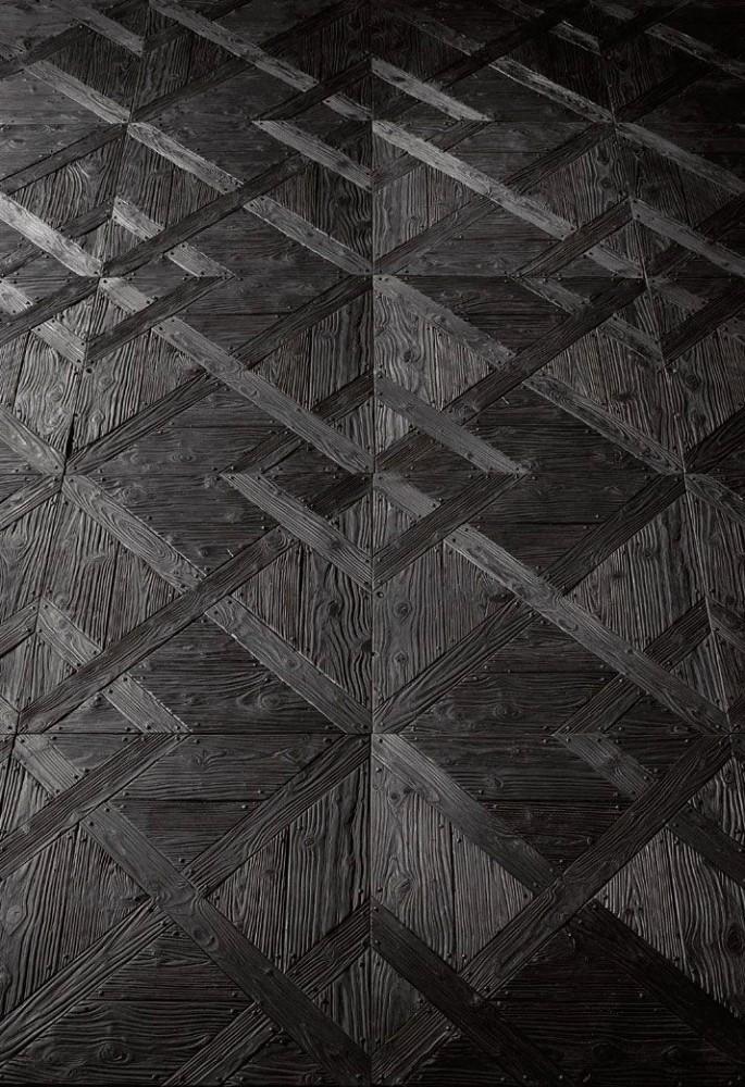 Декор в цветах: черный, серый. Декор в стилях: арт-деко.