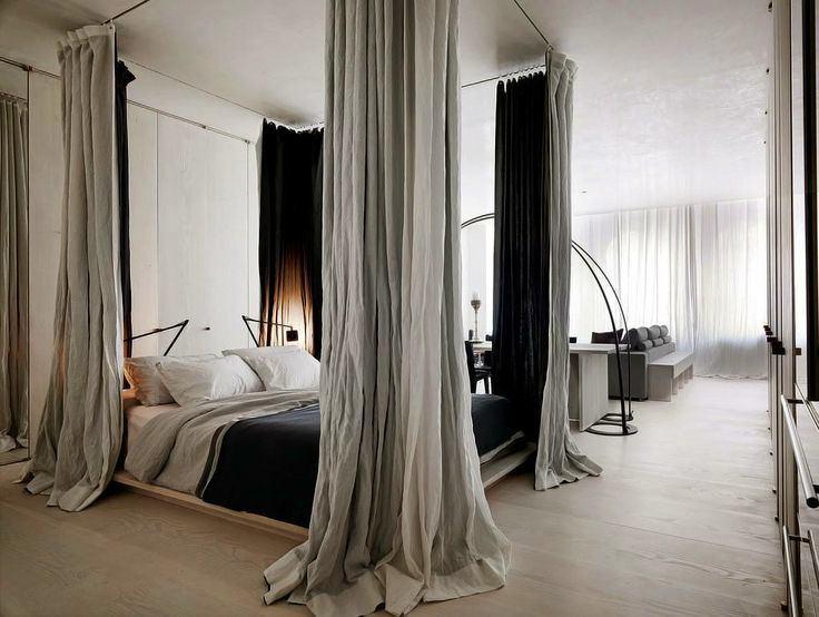 Спальня в цветах: черный, серый, светло-серый, белый, коричневый. Спальня в стиле эклектика.