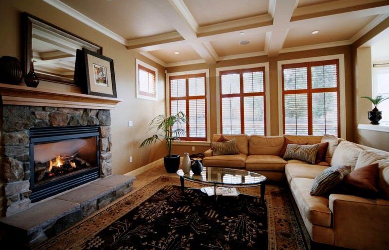 Гостиная, холл в цветах: черный, серый, светло-серый, коричневый. Гостиная, холл в стилях: американский стиль, неоклассика.