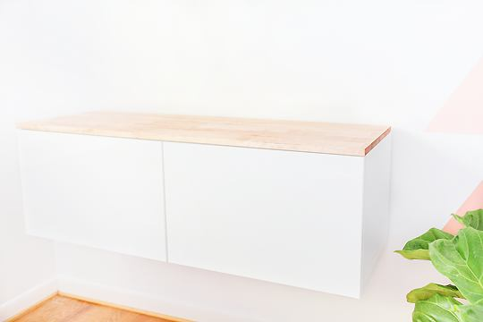 Мебель и предметы интерьера в цветах: светло-серый, белый, салатовый, бежевый. Мебель и предметы интерьера в стиле скандинавский стиль.