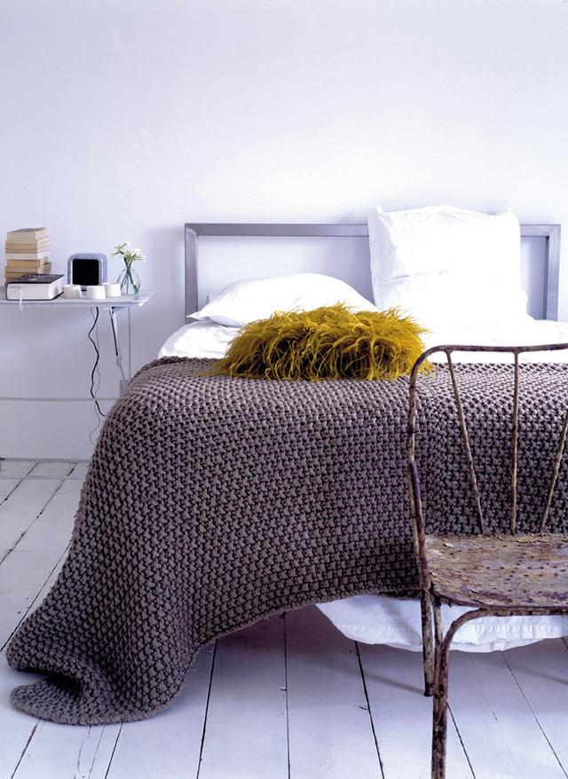 Мебель и предметы интерьера в цветах: голубой, серый, белый. Мебель и предметы интерьера в стиле скандинавский стиль.