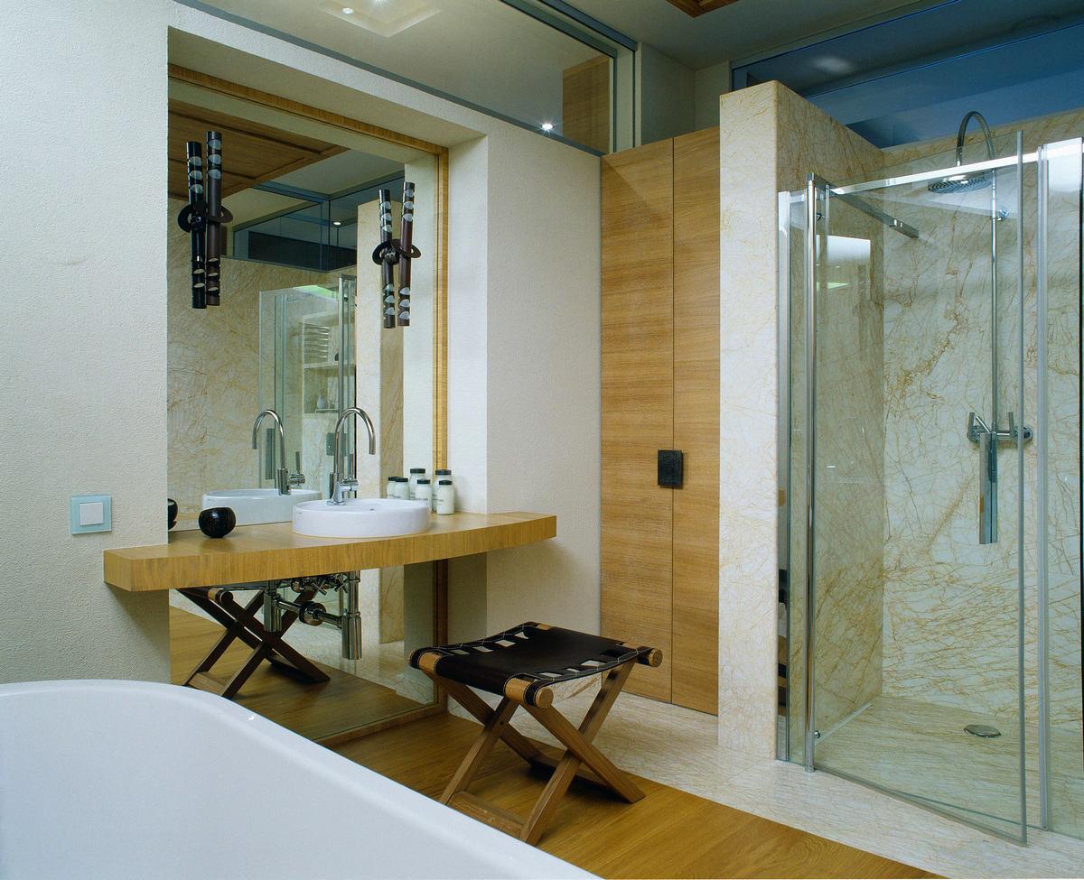 Туалет в цветах: серый, темно-зеленый, бежевый. Туалет в стиле минимализм.