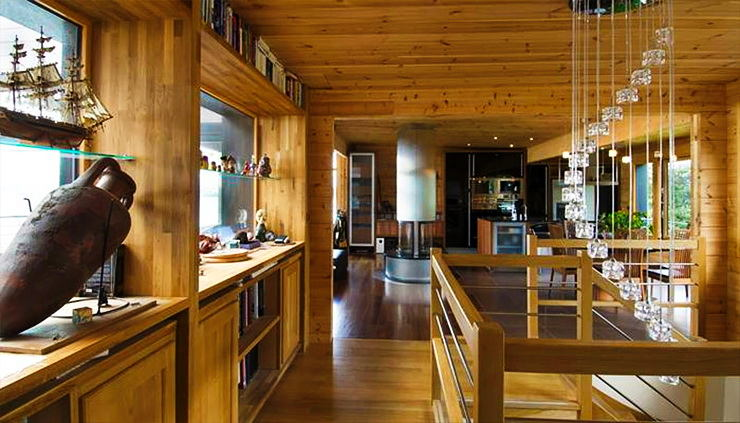Гостиная, холл в цветах: оранжевый, черный, серый, темно-коричневый, коричневый. Гостиная, холл в стиле модерн и ар-нуво.