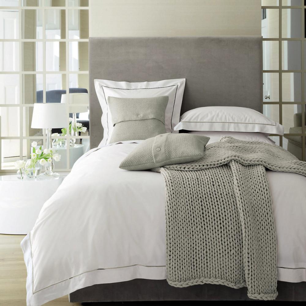 Мебель и предметы интерьера в цветах: серый, светло-серый, белый. Мебель и предметы интерьера в стиле английские стили.