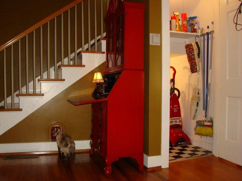 Лестница в цветах: светло-серый, бордовый, темно-коричневый, коричневый, бежевый. Лестница в .