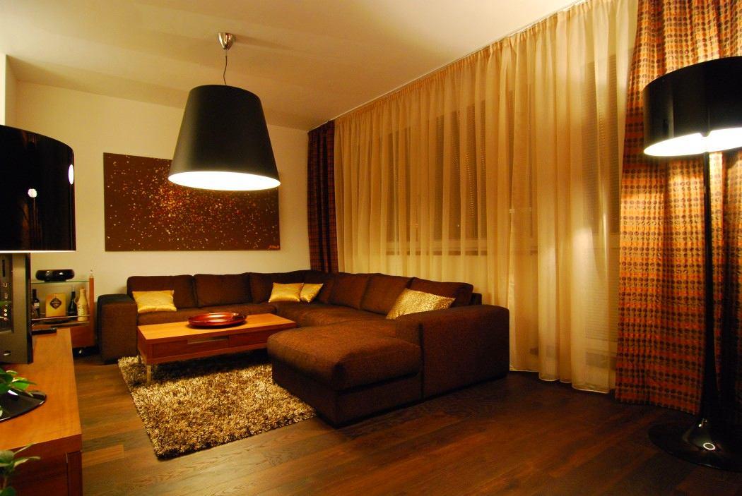 Гостиная, холл в цветах: темно-коричневый, коричневый, бежевый. Гостиная, холл в стилях: минимализм, экологический стиль.