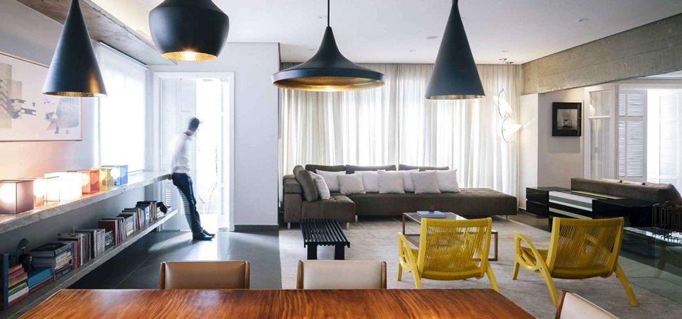 До и после ремонта: бетон, жёлтые кресла и чёрные светильники