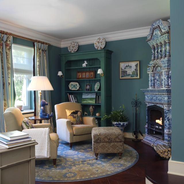 Мебель и предметы интерьера в цветах: светло-серый, белый, сине-зеленый. Мебель и предметы интерьера в стиле классика.