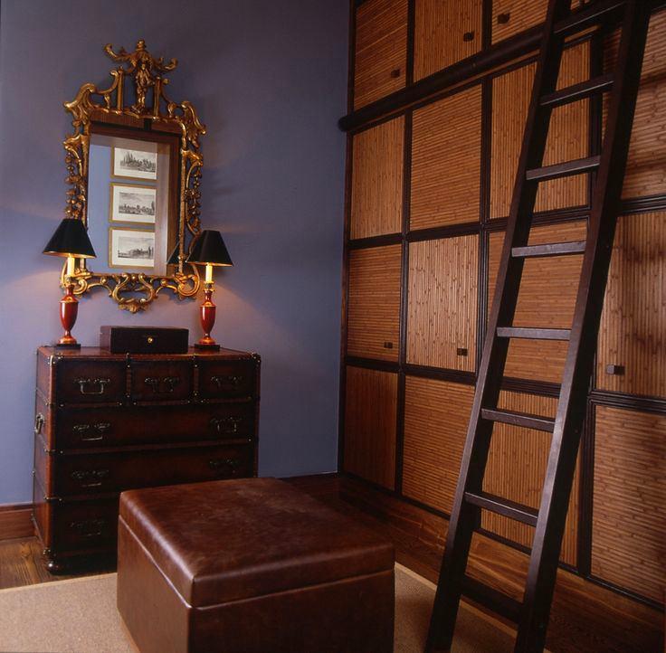Мебель и предметы интерьера в цветах: черный, серый, темно-коричневый, коричневый. Мебель и предметы интерьера в .