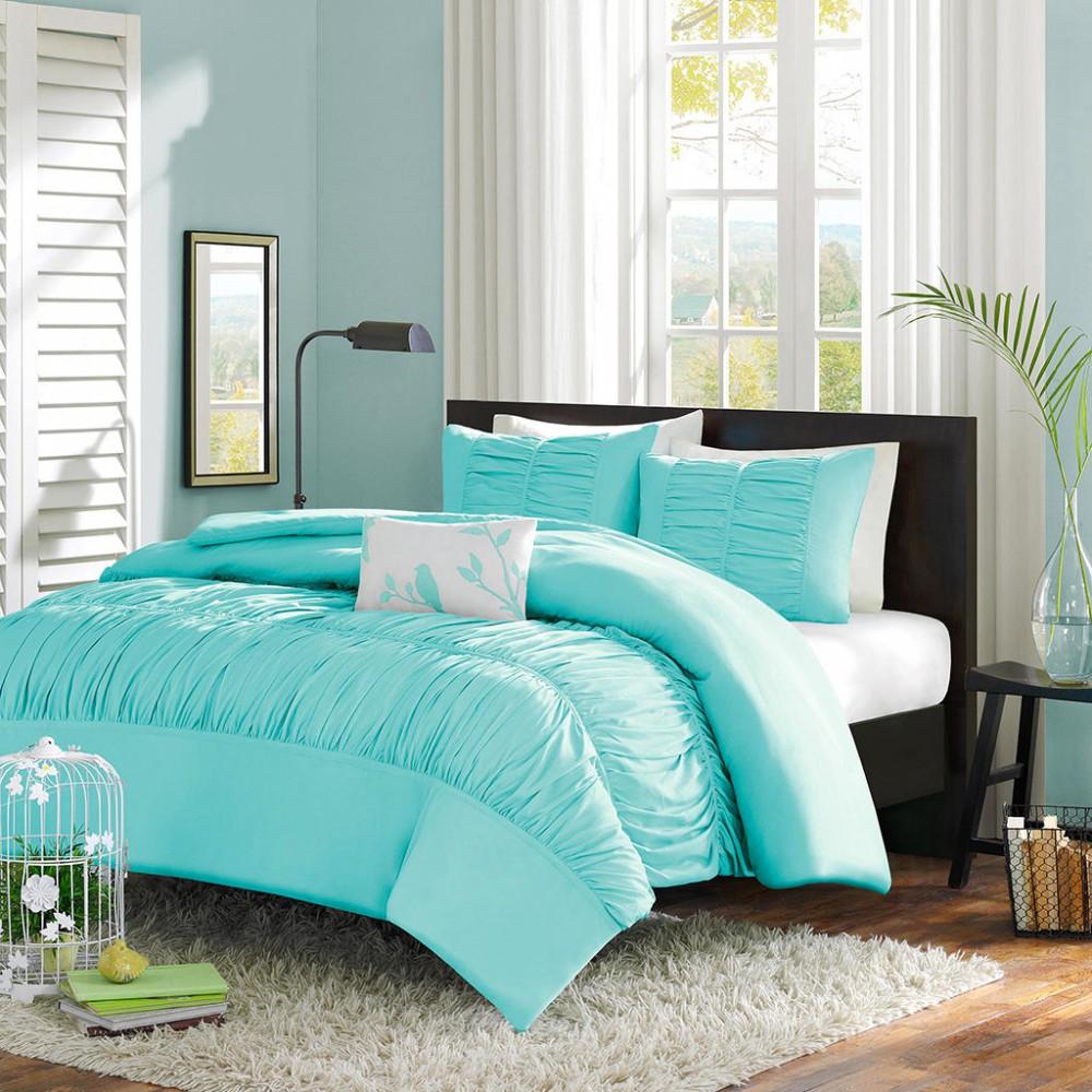 Спальня в цветах: голубой, бирюзовый, черный, светло-серый, белый. Спальня в .