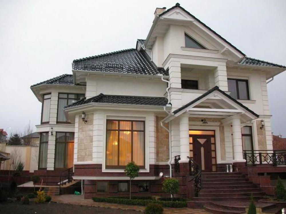 Архитектура в цветах: черный, серый, светло-серый, бежевый. Архитектура в стилях: классика.