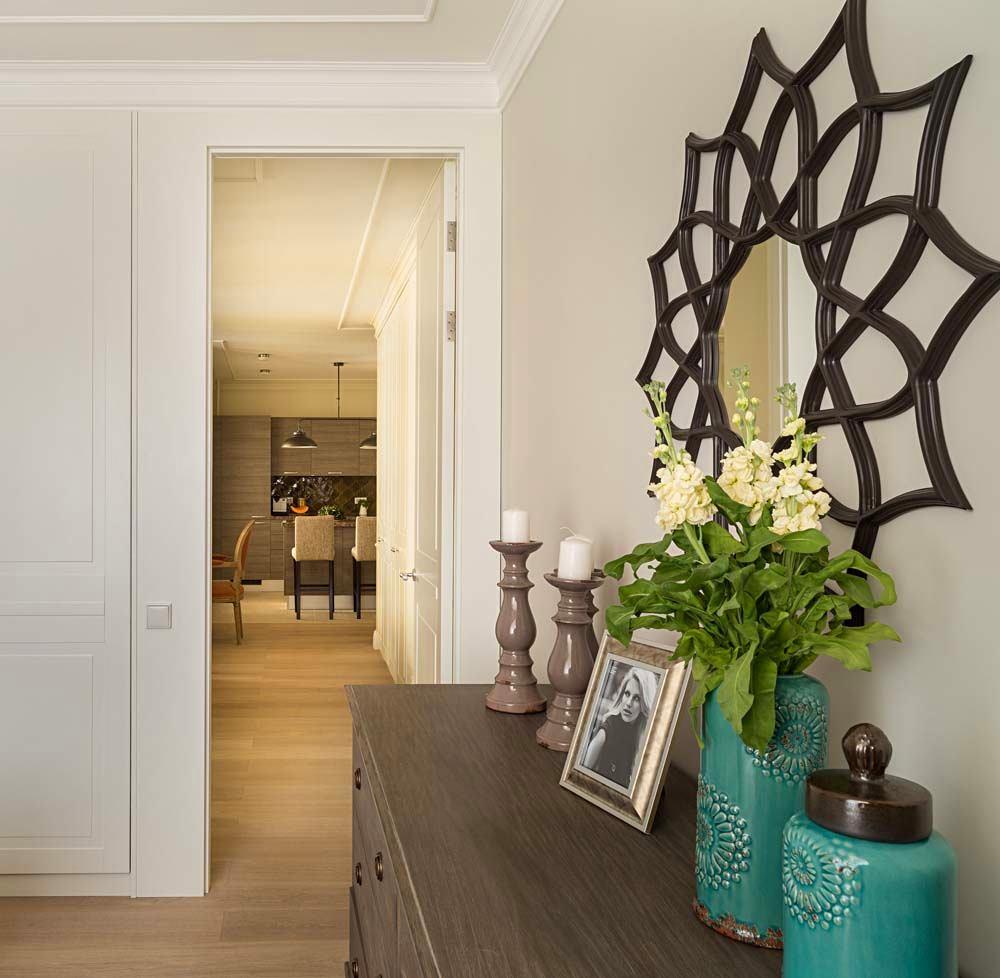 Мебель и предметы интерьера в цветах: темно-коричневый, коричневый, бежевый. Мебель и предметы интерьера в стиле арт-деко.