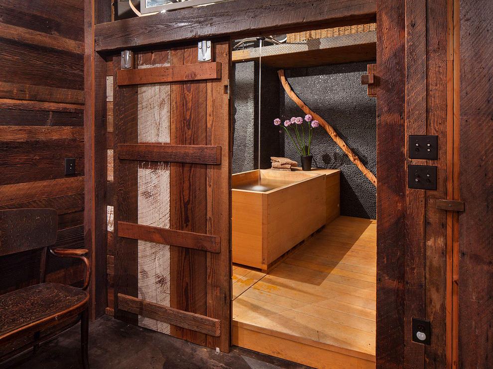 Мебель и предметы интерьера в цветах: черный, темно-коричневый, коричневый, бежевый. Мебель и предметы интерьера в стилях: лофт, экологический стиль.