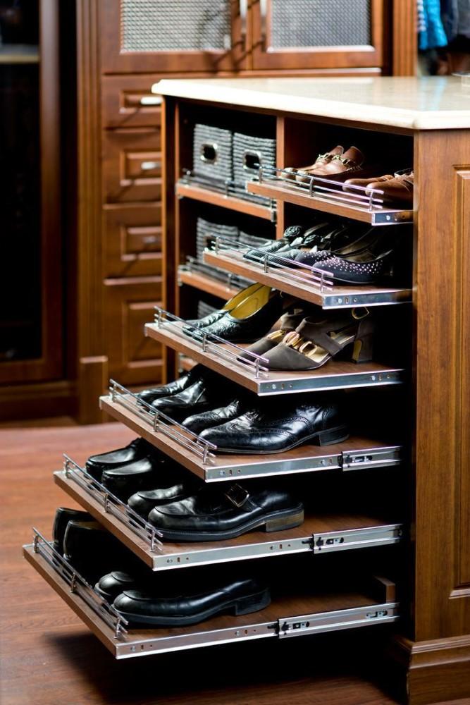Мебель и предметы интерьера в цветах: серый, светло-серый, темно-коричневый, коричневый. Мебель и предметы интерьера в .