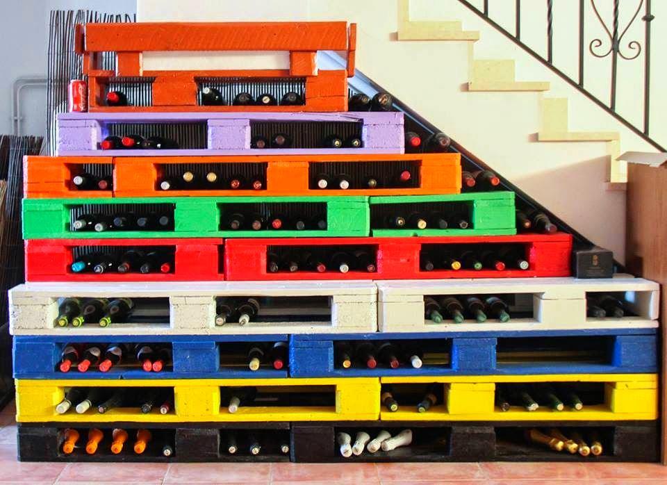 Подсобное помещение в цветах: черный, серый, светло-серый, белый. Подсобное помещение в стилях: минимализм, экологический стиль.