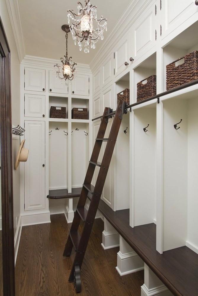 Мебель и предметы интерьера в цветах: черный, серый, светло-серый, белый, бежевый. Мебель и предметы интерьера в .