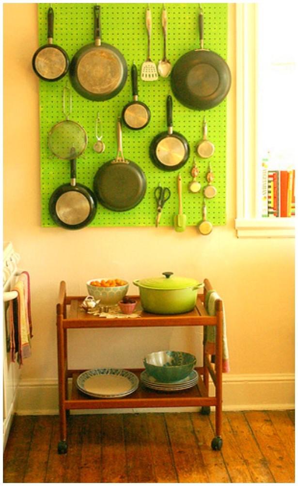 Кухня в цветах: желтый, белый, лимонный, темно-зеленый, салатовый. Кухня в .