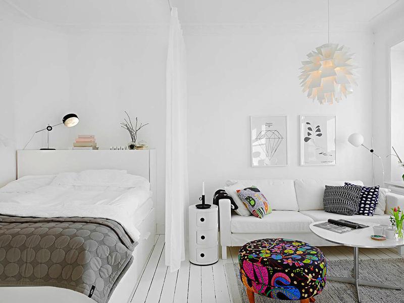 Гостиная, холл в цветах: черный, серый, белый, темно-коричневый. Гостиная, холл в стиле скандинавский стиль.