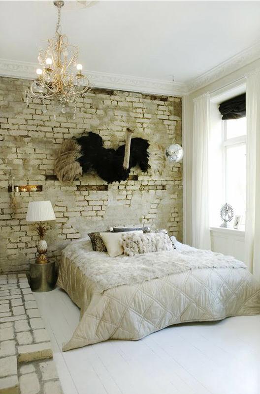 Спальня в цветах: светло-серый, белый, темно-зеленый, бежевый. Спальня в стиле модерн и ар-нуво.