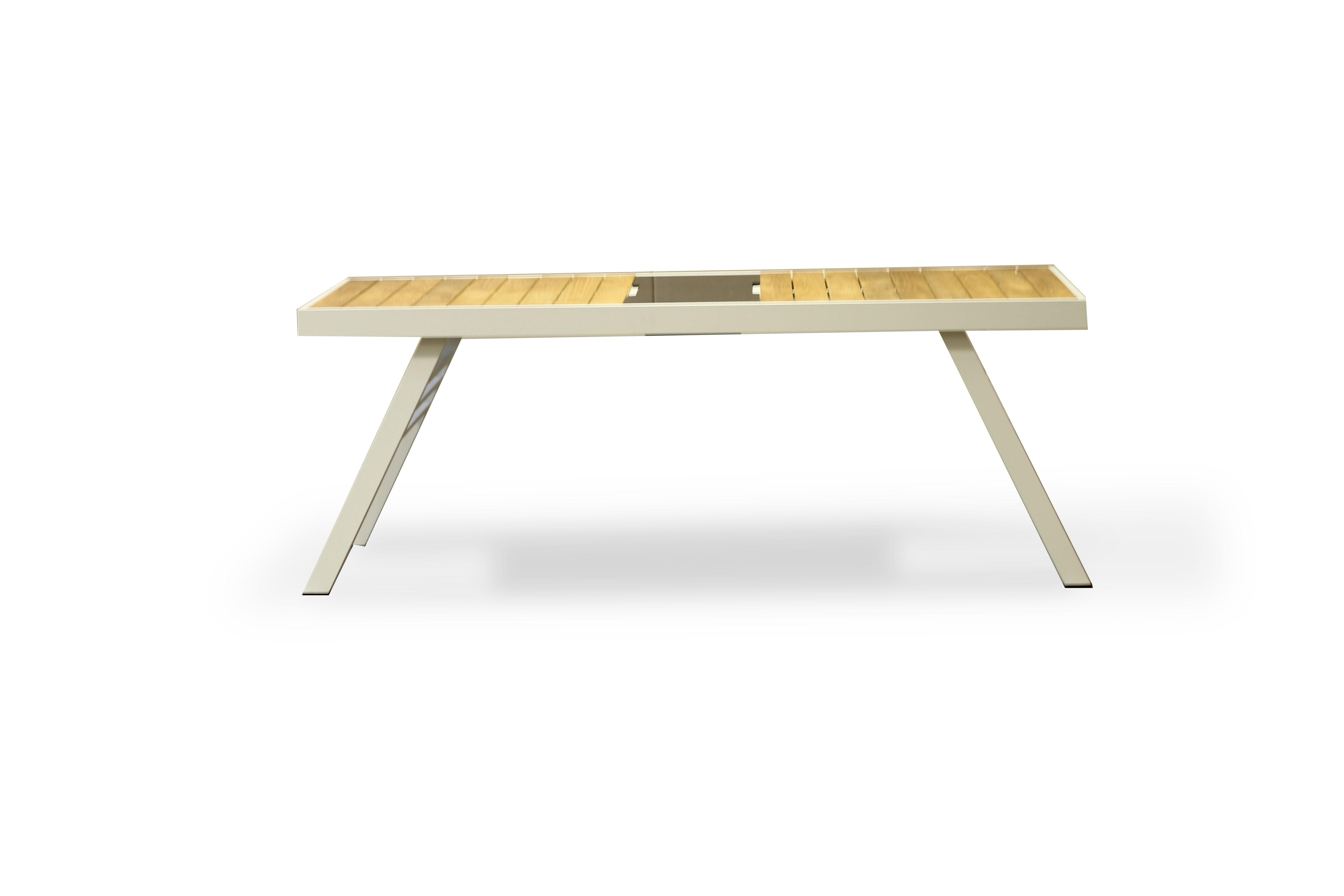 Обеденный стол Марке