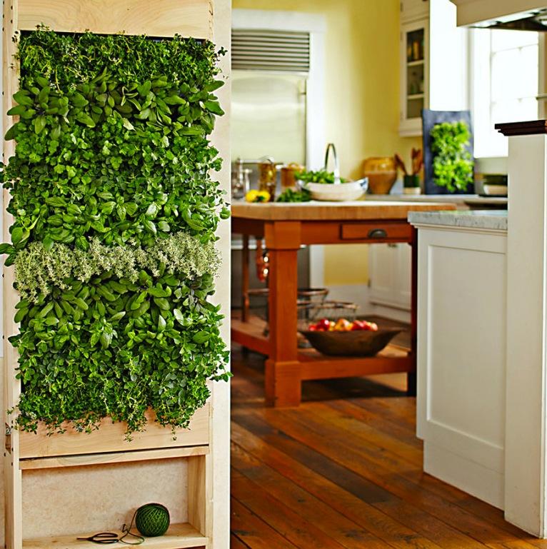 Кухня/столовая в  цветах:   Бежевый, Коричневый, Светло-серый, Темно-зеленый, Темно-коричневый.  Кухня/столовая в  стиле:   Американский стиль.