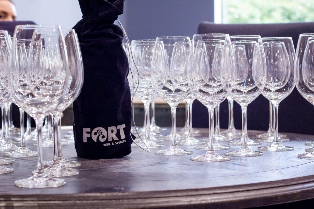 Фотоотчёт с праздника «Вино в интерьере»