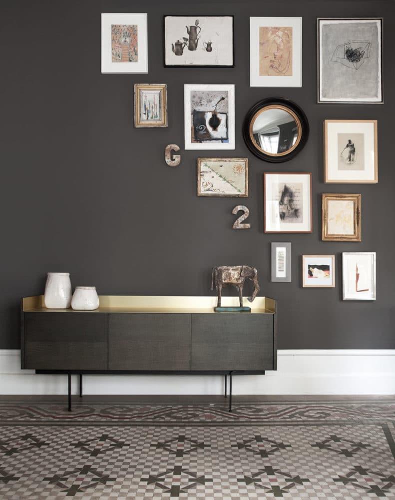 Вдохновение в  цветах:   Бежевый, Светло-серый, Серый, Темно-коричневый, Черный.  Вдохновение в  .