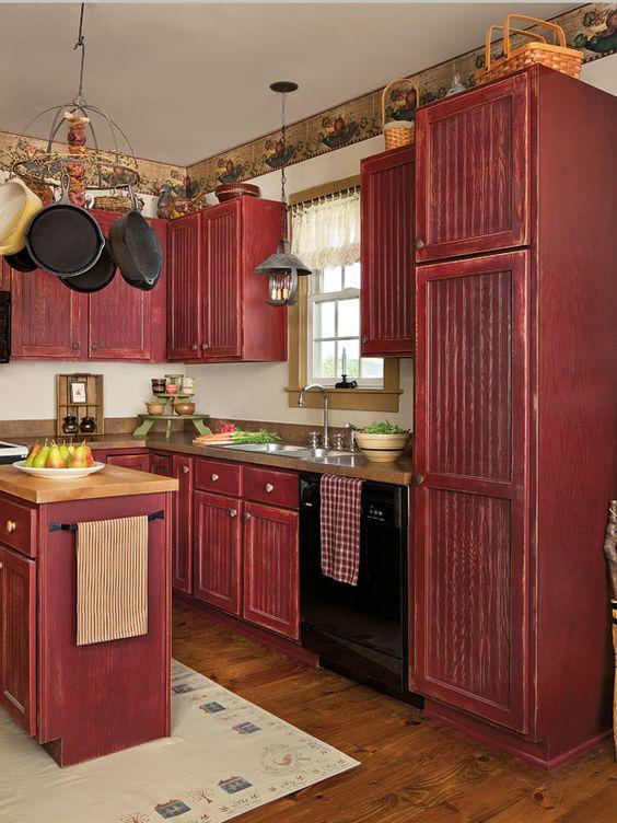 Кухня/столовая в  цветах:   Бежевый, Бордовый, Коричневый, Светло-серый, Темно-коричневый.  Кухня/столовая в  стиле:   Кантри.