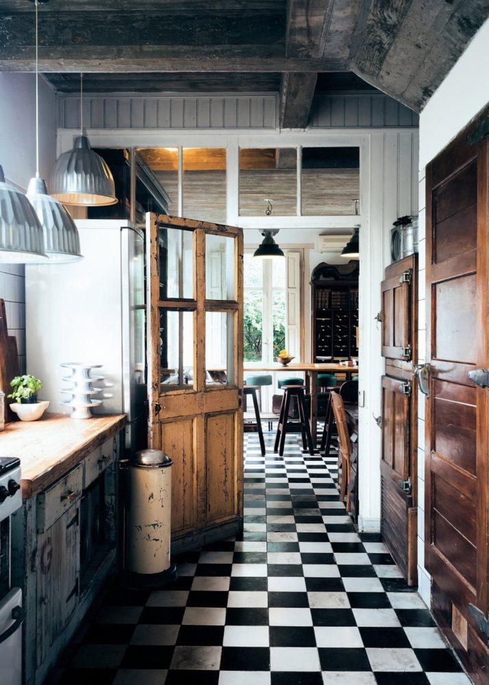 20 кухонь, которые вам понравятся благодаря их полам