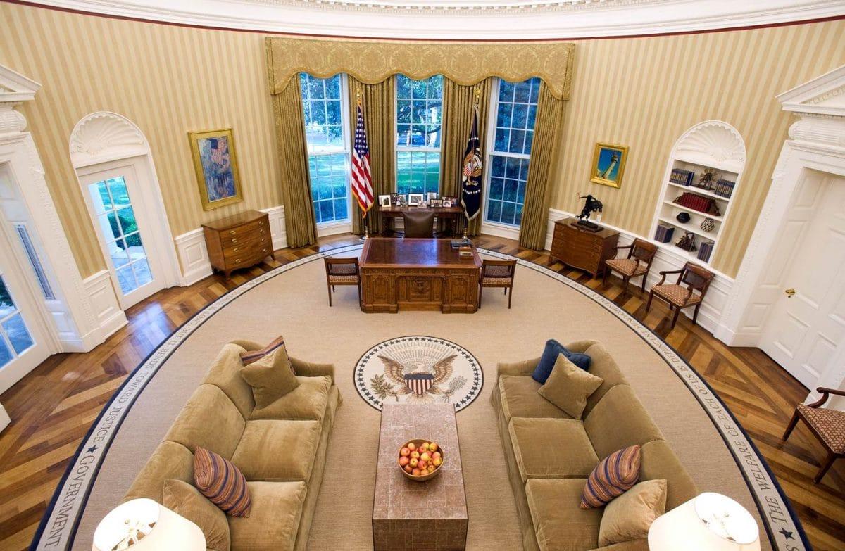 Главный офис Америки и его интерьеры: Овальный кабинет Белого дома