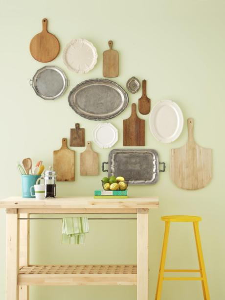 Кухня/столовая в  цветах:   Светло-серый, Бежевый.  Кухня/столовая в  стиле:   Кантри.
