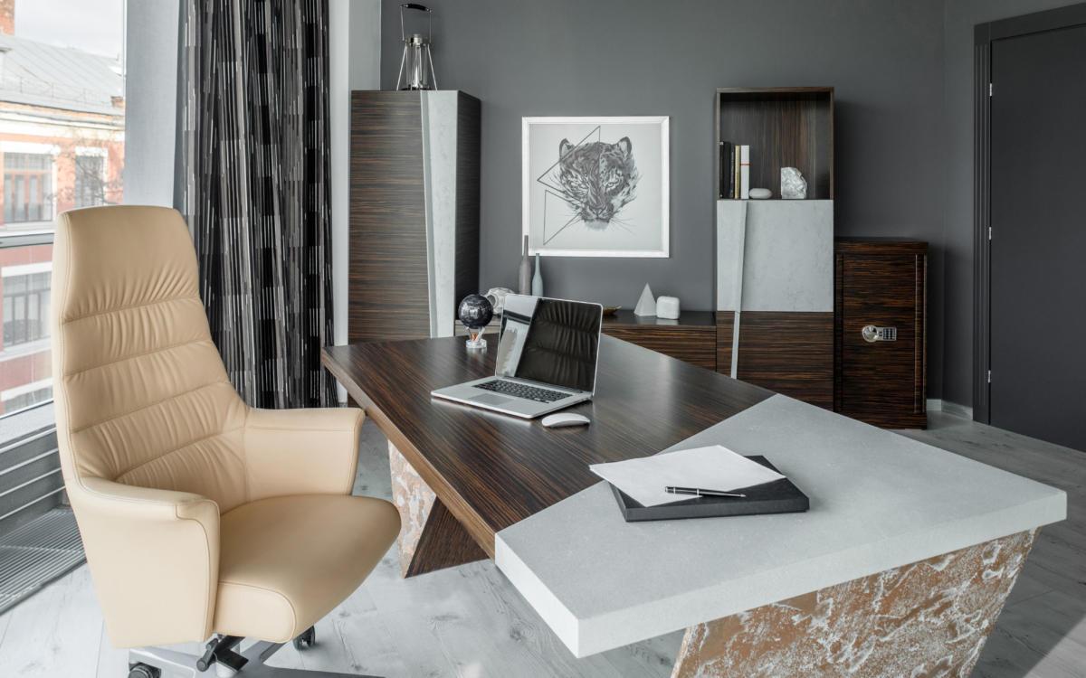 Дизайн офиса: бетон, эбеновое дерево и шикарный вид из окна