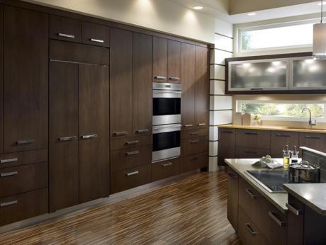 Кухня/столовая в  цветах:   Серый, Темно-коричневый, Бежевый.  Кухня/столовая в  стиле:   Минимализм.