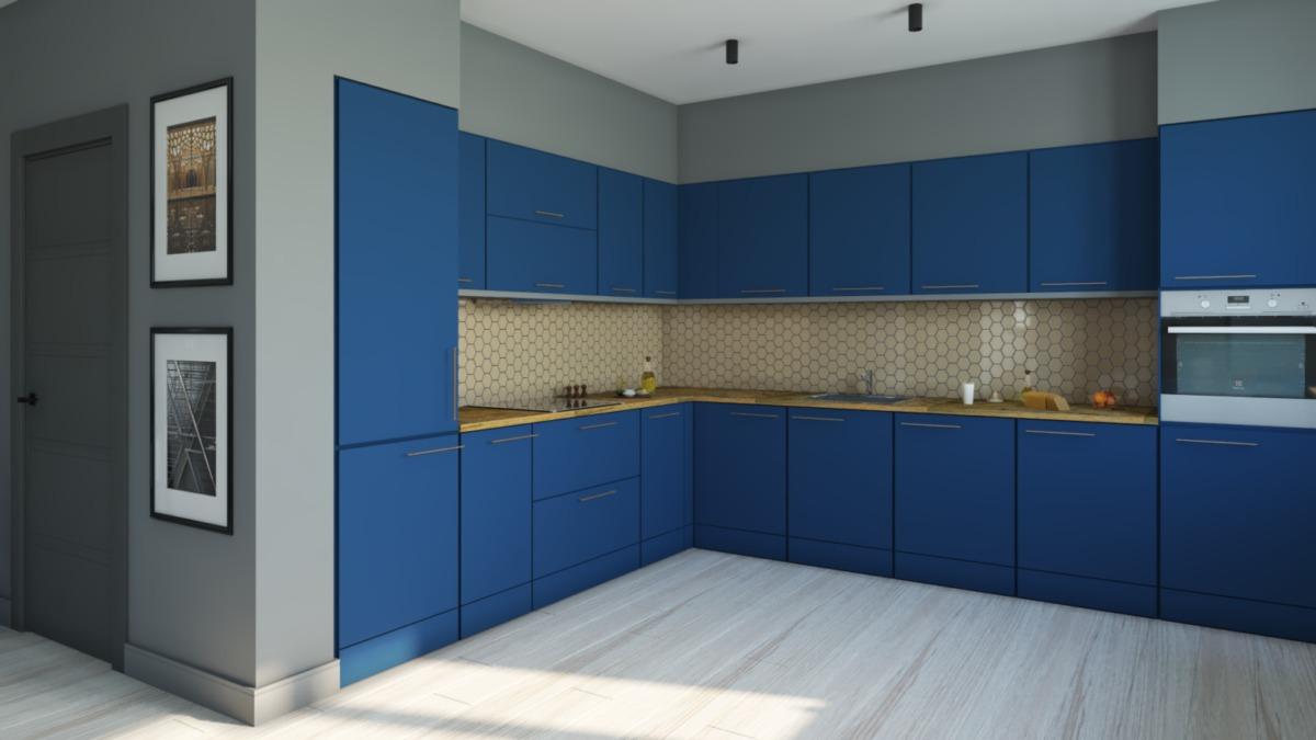 Зона кухни занимает две стены, очень вместительная. В отделке фартука использована шестигранная мозаика, эта же форма повторяется в силуэте люстры и обоях в зоне с телевизором. Активный синий цвет перекликается с цветом дивана.