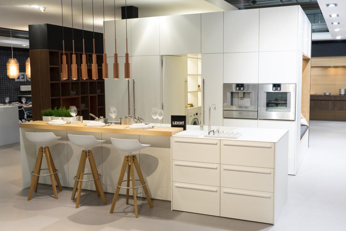 Тайная комната в кухонном шкафу: идея хранения — 2018