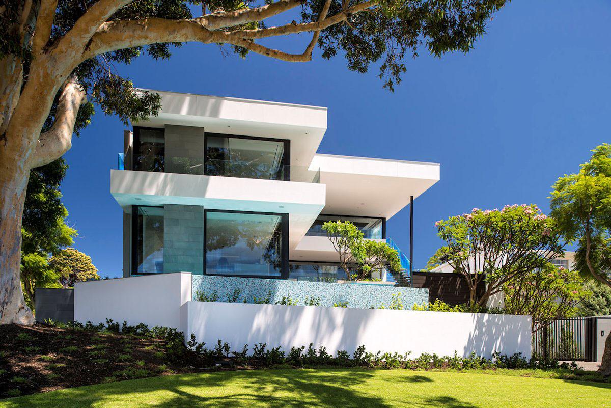 10 модных вариантов дизайна фасадов дома